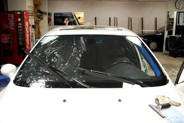 Вклейка лобовых стекол