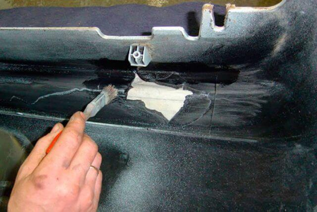 Какой клей лучше использовать для пластика в авто