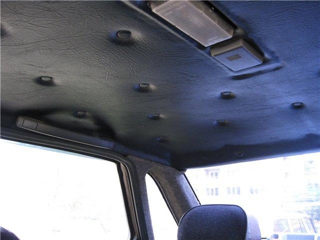 Какой клей подойдет для перетяжки потолка автомобиля?