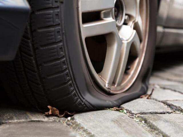 spushhennoe koleso - Чем заклеить шину автомобиля