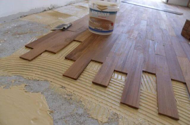 Как крепить фанеру к бетонному полу: клей для укладки под ламинат, как прикрепить на двухкомпонентный клей, как закрепить, чем приклеить, фото и видео