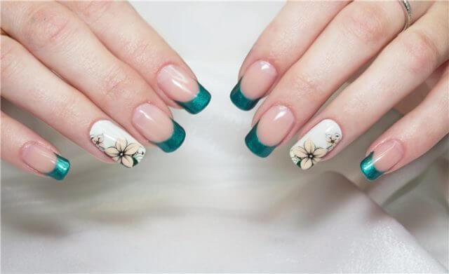 Как правильно клеить слайдеры на ногти?