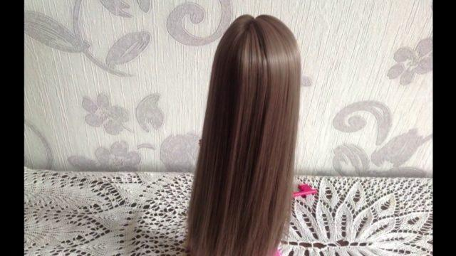 Как правильно приклеить волосы кукле?