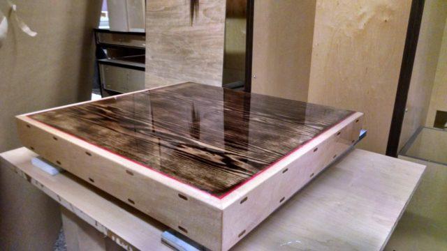 Работа с жидким стеклом для стола