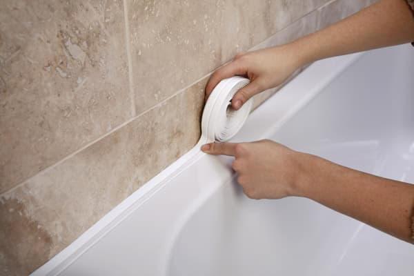 Бордюр для ванны разновидности, выбор клея, советы