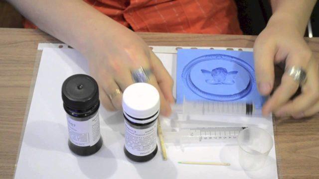 Как сделать жидкий пластик для заливки