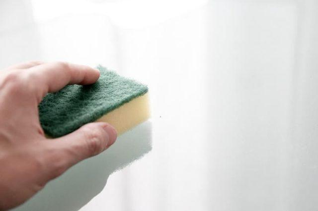 Как очистить след от скотча