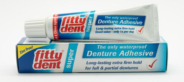 Описание и выбор клея для зубных протезов