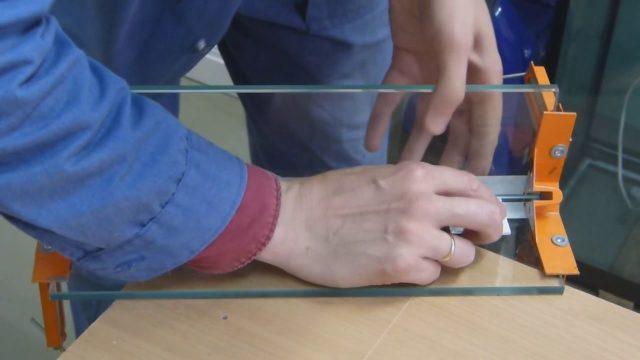 Как выбрать клей для стекла