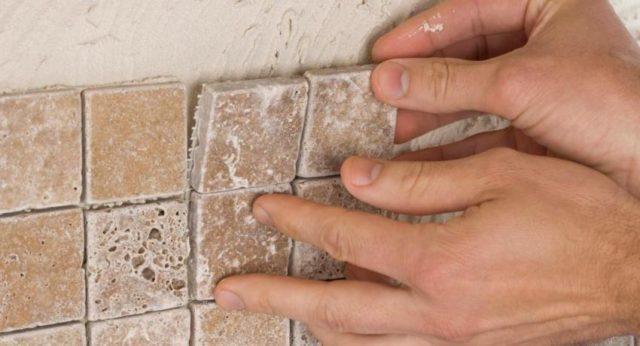 Как клеить плитку на шлакоблок