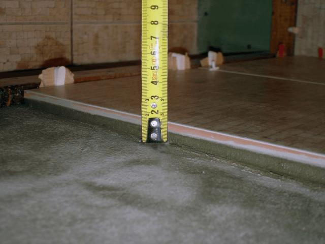 Как определить толщину плитки с клеем на стену и пол