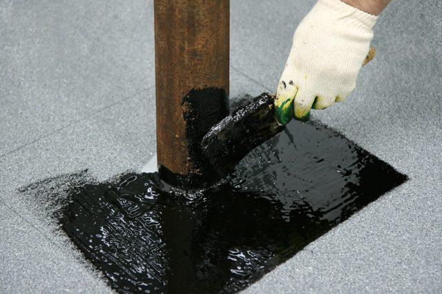 Определение расхода битумной мастики на 1 м² гидроизоляции фундамента