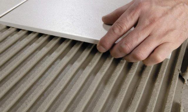 Особенности выбора клея для керамической плитки: советы