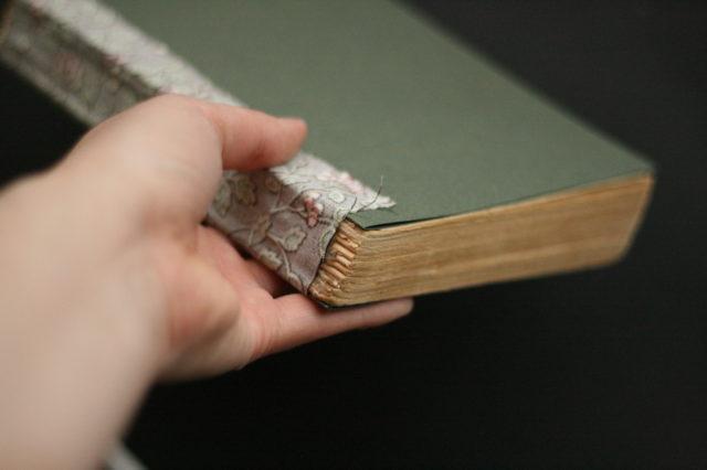 Правила реставрации и ремонта книг своими руками в домашних условиях