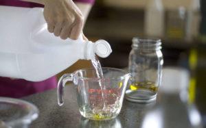 Как правильно очистить плитку от плиточного клея: проверенные способы